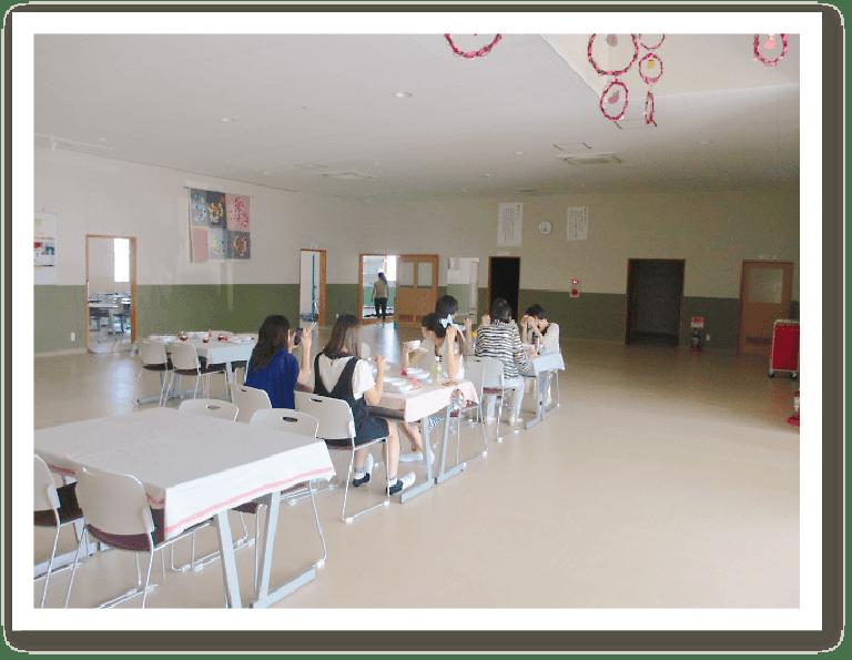 ひまわり幼児教育専門学院 エントランス